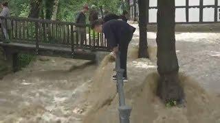 """Überschwemmungen: """"Das Wasser steigt und steigt und man kann nichts machen"""""""
