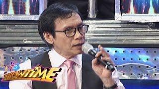 "It's Showtime: Rey Valera gives a twist to ""Kamusta Ka?"""