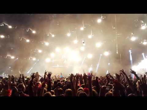 The Chainsmokers intro 2017 LIVE @ Weekend Festival 2017 Helsinki
