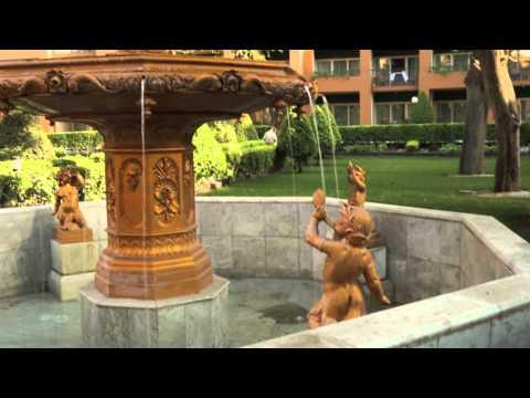 Water fountain Cairo Marriott Hotel