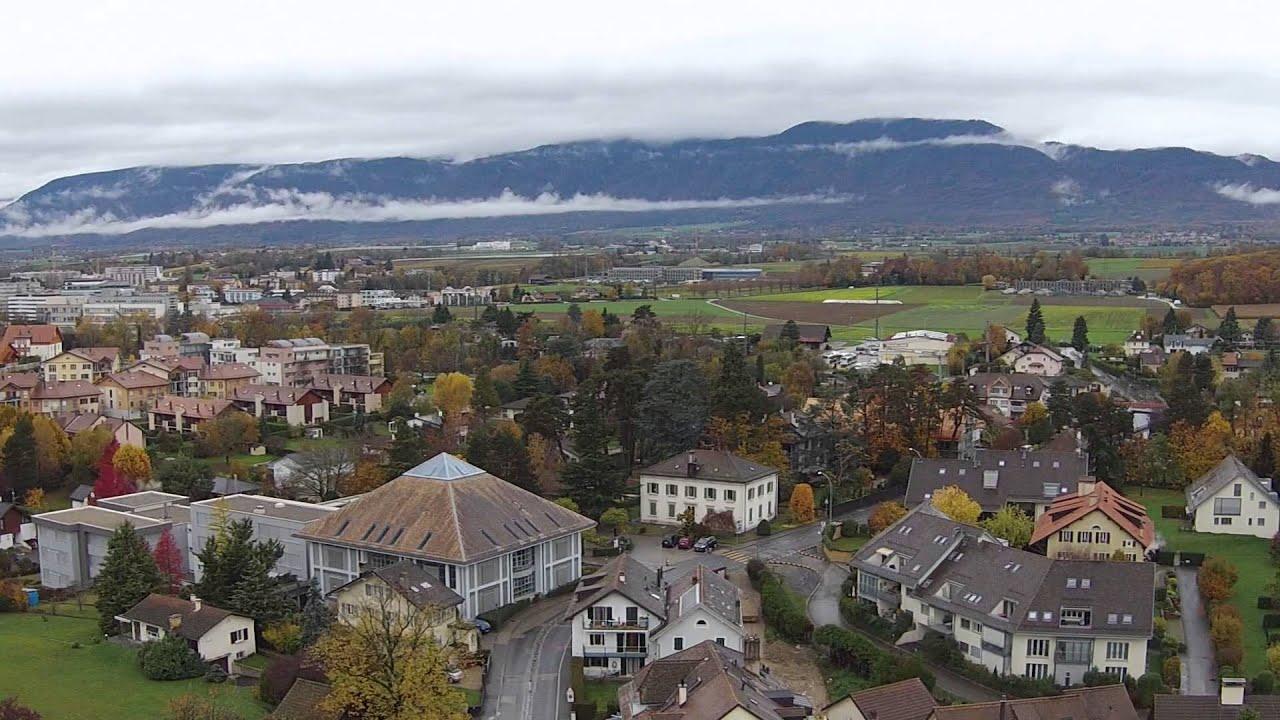 Centre village de Prangins - YouTube