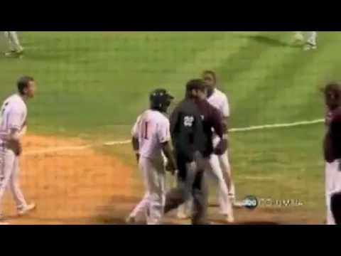 college-of-charleston-baseball-epic-ejection....again!