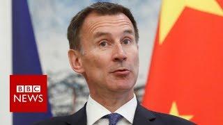Jeremy Hunt makes wife nationality gaffe - BBC News