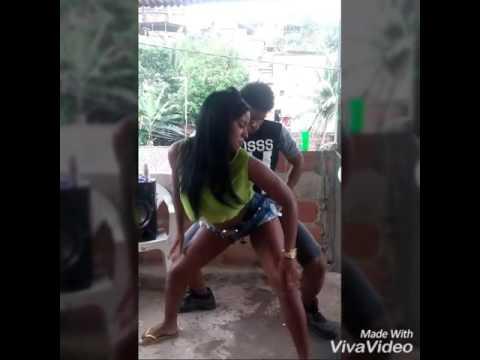 Video metendo dança com a futura dancarina da la f