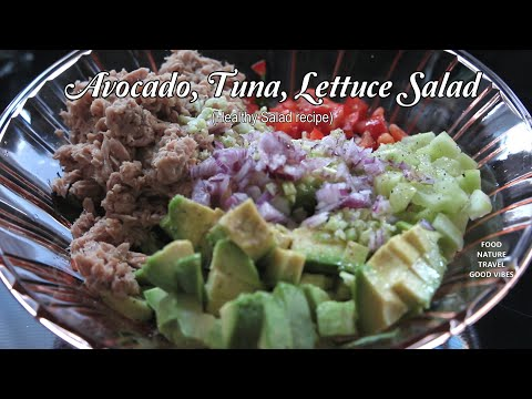 Avocado Tuna Salad on Apple Slices