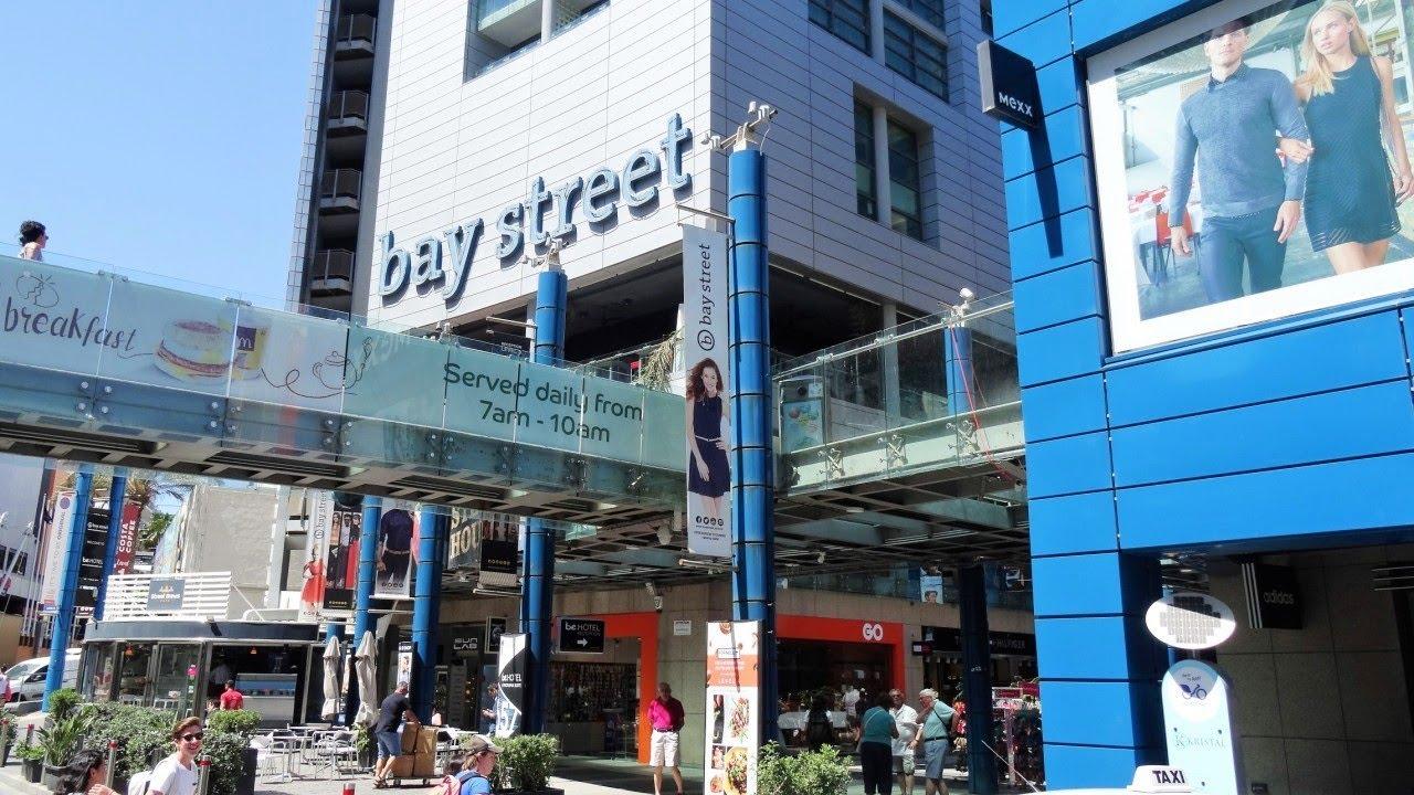 c4ec5d165b83f2 Bay Street Shopping Complex - St. Julian s