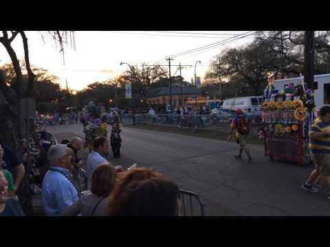 Mardi Gras ParadeCam 2017: Hermes, D'Etat, Morpheus
