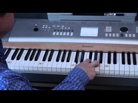 how to play money for nothing on piano