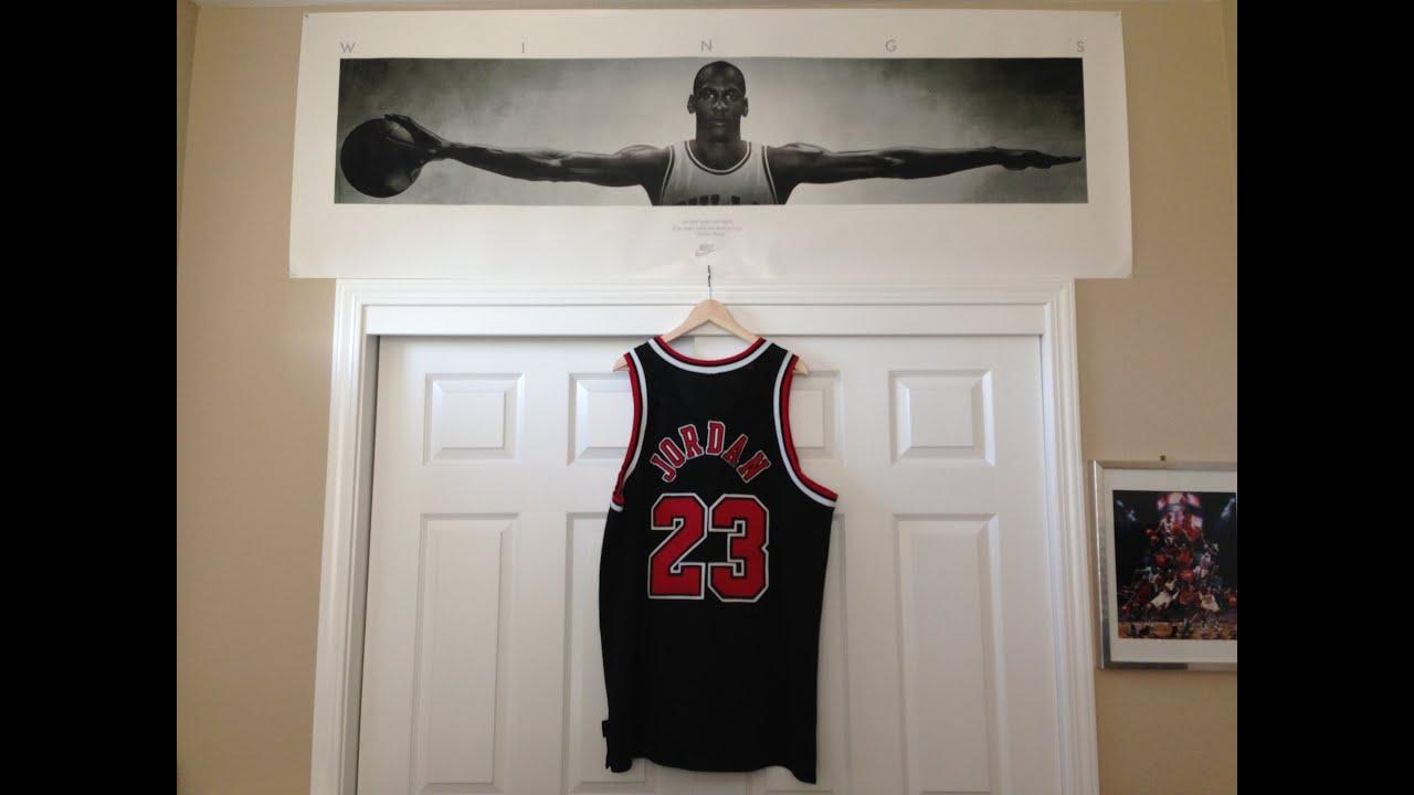 Michael Jordan Mesh Alternate Bulls Jersey - YouTube