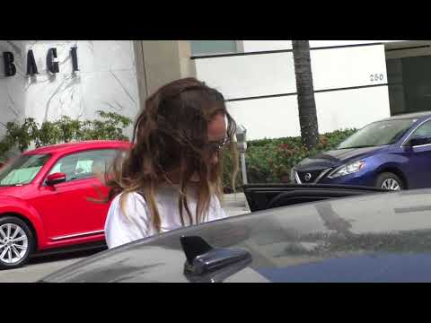 Alycia Debnam Carey talks about Fear The Walking Dead while shopping in Beverly Hills