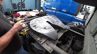 August 25, 2019/188 Trucking, Installing Minimizer Slickplate greaseless  fifthwheel plate