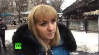 Очевидцы взрыва в Волгограде: был очень сильный толчок, вылетели стекла и двери(По словам очевидцев, взрыв в здании волгоградского вокзала был такой силы, что мощные входные двери здания..., 2013-12-29T14:20:04.000Z)