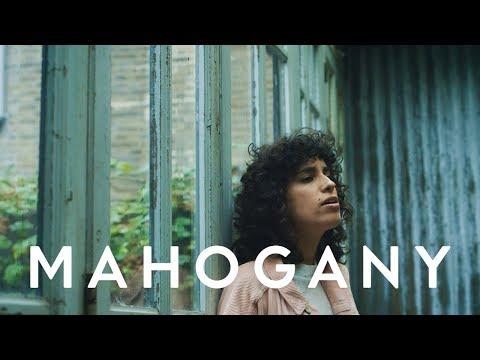 Sonia Stein - Symbol | Mahogany Session