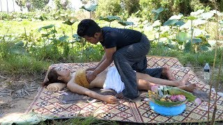 Therapy benefit essential oils male feet - How to do oil back massage to relive lower back pain