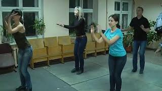 Учимся танцевать степ(Степ, джига или просто чечетка! В минувшие выходные воронежцы постигали один из самых звонких танцев -..., 2014-10-08T11:04:00.000Z)