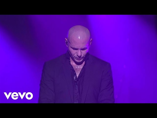 Pitbull – Give Me Everything (Live On Letterman)