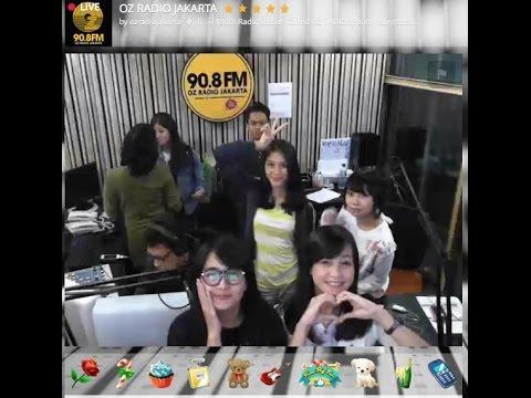 JKT48 live stream & chat @ OZ Radio Jakarta 20141113