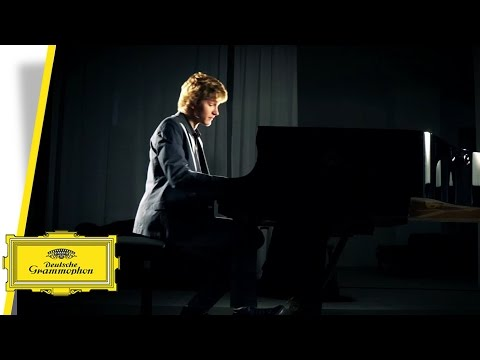 Jan Lisiecki - Chopin Études (Trailer)