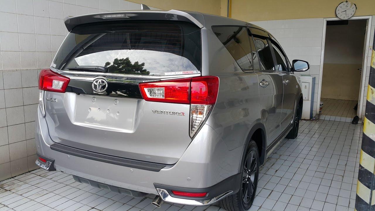 Toyota Innova Venturer 2017 Silver - YouTube