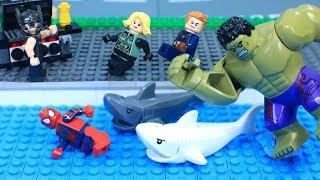 Lego Swimming Pool HULK Saves Avengers from Crazy Shark