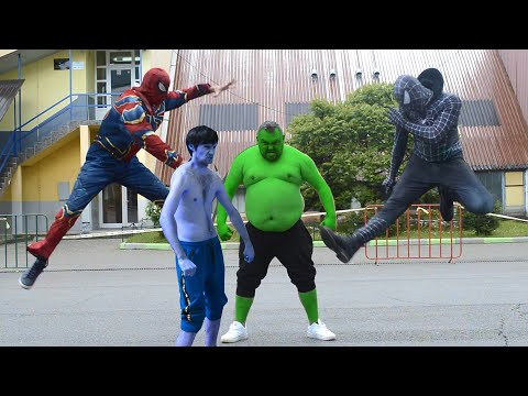 Team Hulk VS Team Spider-Man