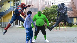 Team Hulk VS Team Spider-Man