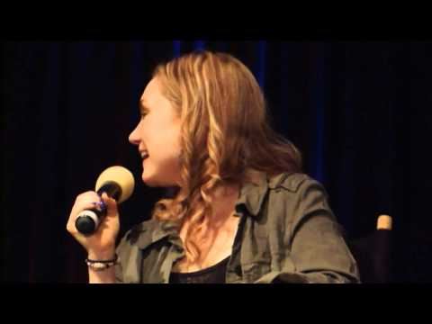 Rachel MinerMeg Supernatural Chicago Con 2012