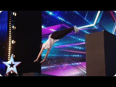 Matt McCreary is running the show | Audition Week 1 | Britain's Got Talent 2015