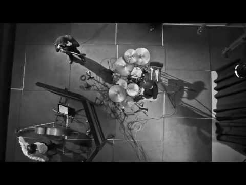 Andreas Wirth Trio - Wave