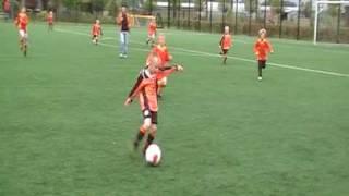 VV De Meern F13 - Sporting 70 F9 12 mei 2010 doelpunt Robin