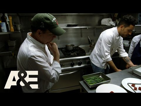 Wahlburgers: Bonus: Paul's Paris Meal, Part 1 (Season 5, Episode 5) | A&E