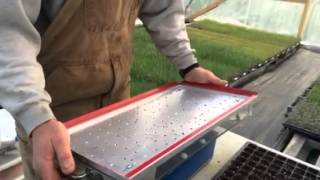 How a vacuum seeder works