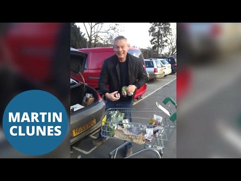 Martin Clunes harangued by shopper for parking in motorcycle bay