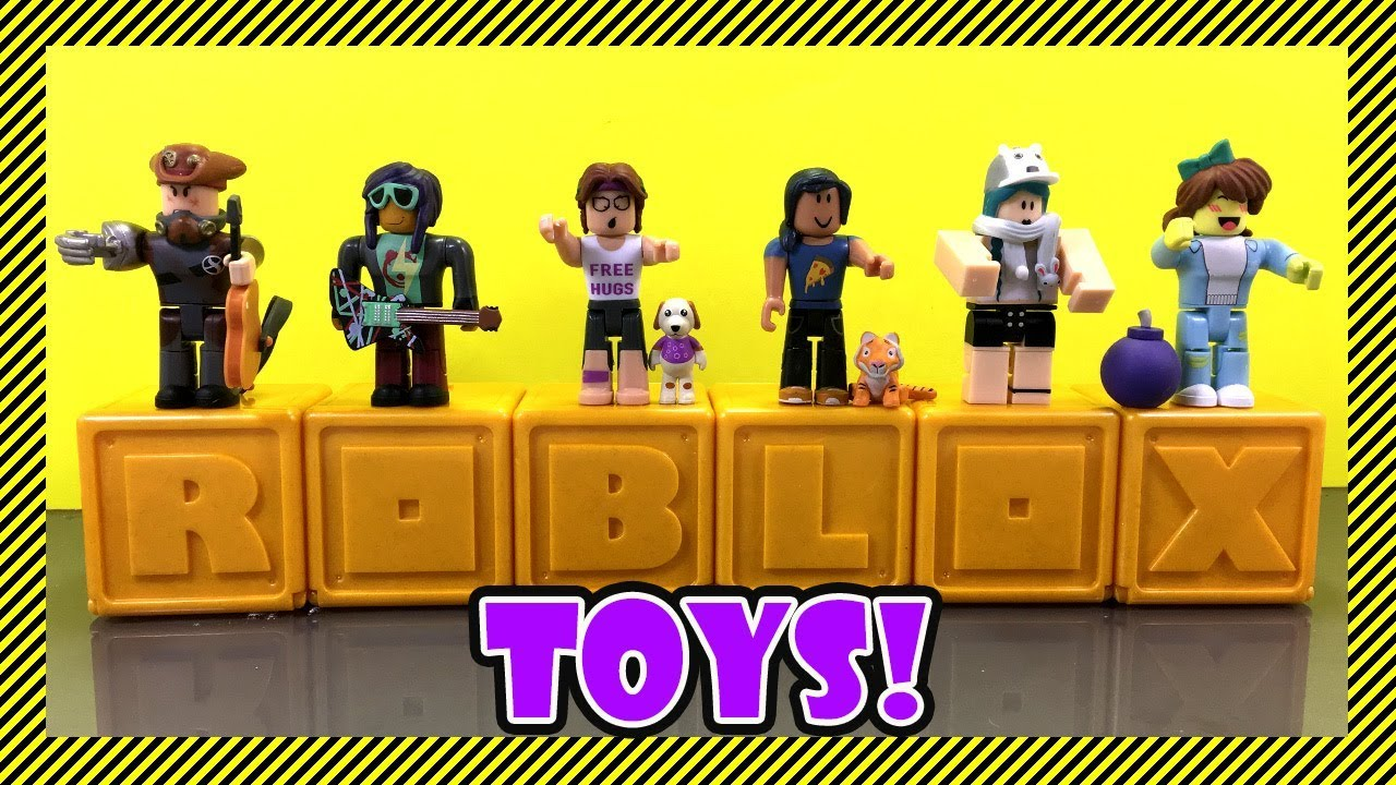 Roblox Toys Mystery Figures Design And Exclusive Items Popular Roblox Toys Mystery Box Image Desain Interior Exterior