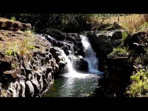 Ho'opi'i Falls Kapahi , Kauai