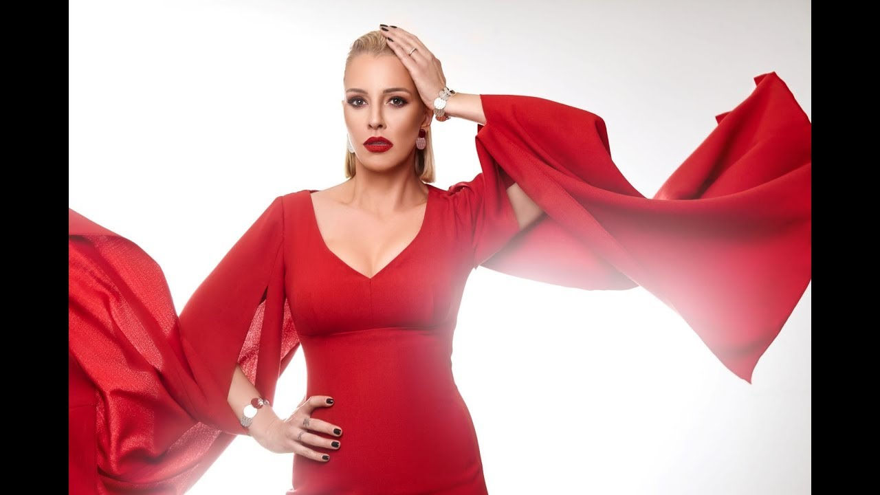 """""""Monsters"""" e новиот хит кој Тамара Тодевска го промовираше на фестивал во Албанија"""