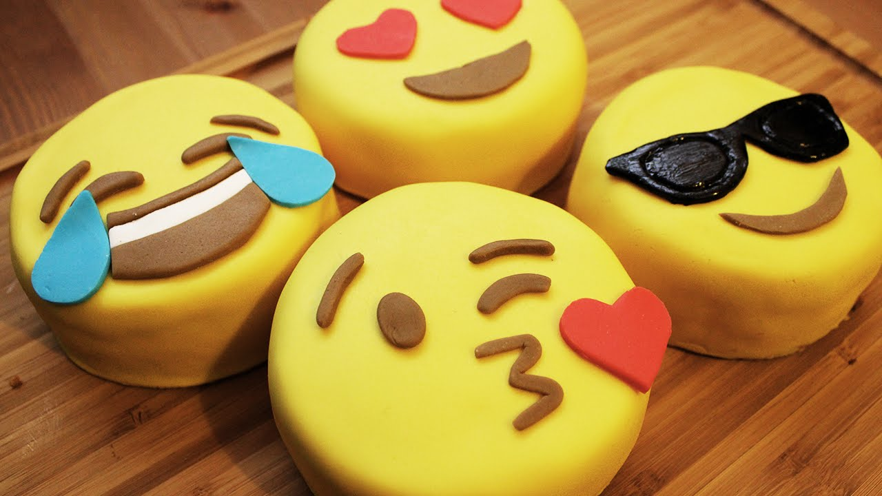 wie macht man emoji mini kuchen youtube. Black Bedroom Furniture Sets. Home Design Ideas
