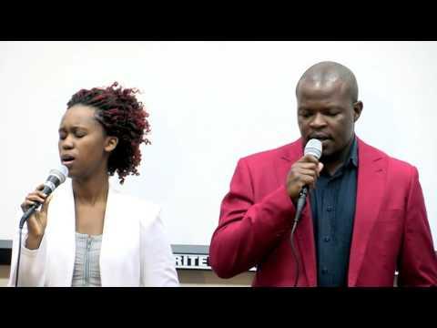 Emmanuel Ministry Group    MEDLEY    Guqa u Thandaze/ Emhlabeni Olidundu