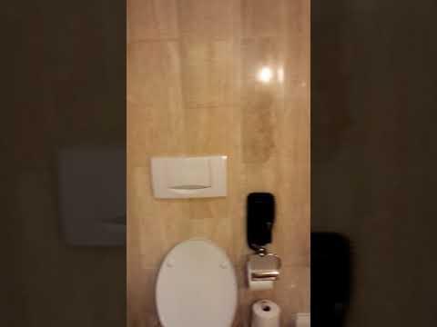 (Marina Mandarin Singapore  Deluxe Room