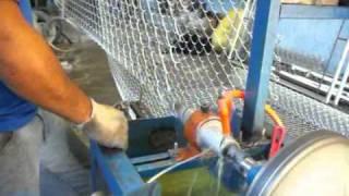 Maquina para fabricar telas de arames alambrados