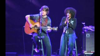 "Dawn Tyler Watson and Paul Deslauriers performing ""Going To California"""