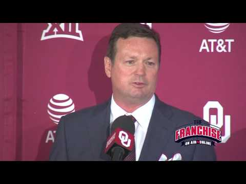 Bob Stoops Announces Retirement