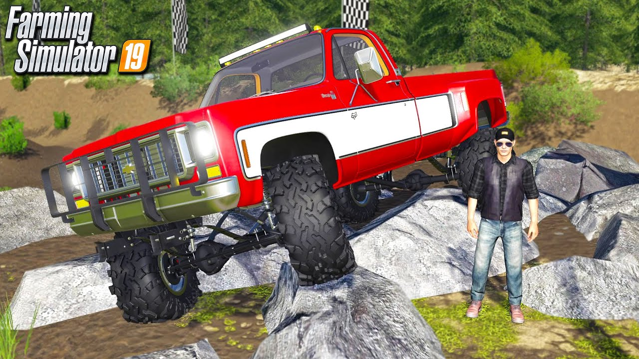 LIFTED TRUCKS GOING MUDDING! (GOT STUCK DEEP) | MULTIPLAYER ROLEPLAY FARMING SIMULATOR 2019