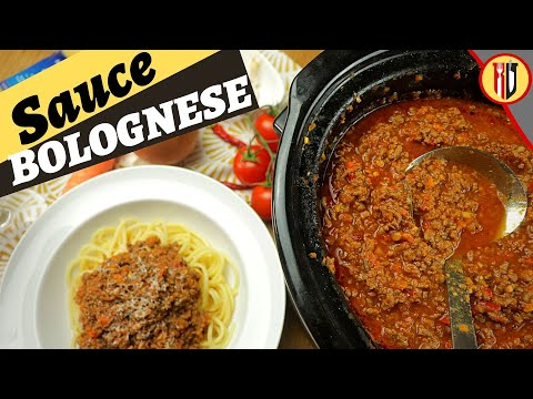 Easy Bolognese Sauce made in crock pot