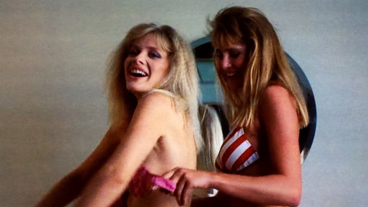 Download FRATERNITY VACATION Movie Review (1985) Schlockmeisters #593