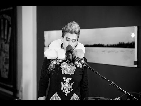 "Peaches - ""Dick In The Air"" 