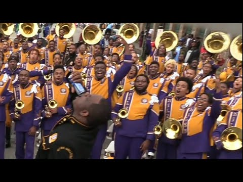 Miles College vs Texas Southern TXSU Marching Band - 2018 Bacchus Mardi Gras Parade