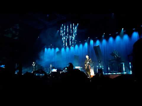 Hurts - Hold On To Me (Live In Novosibirsk...