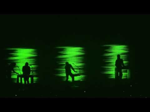 Nine Inch Nails - Me, I'm Not - Live in St Louis - 8.20.08