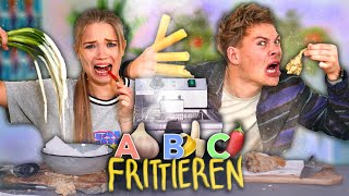 WIR FRITTIEREN DAS ALPHABET mit Julia Beautx | Joey's Jungle